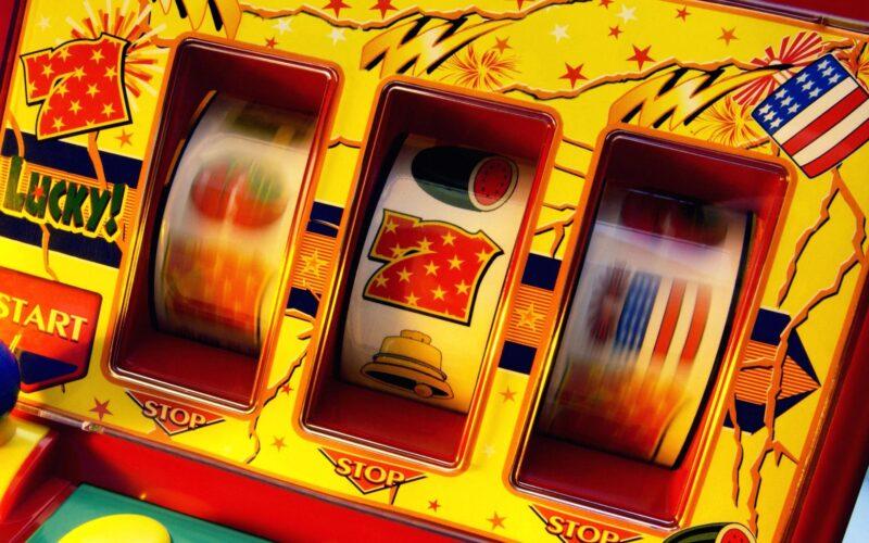 How Do Online Slot Machines Work?